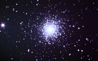 M13 球状星団.png